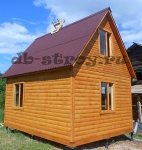 построен дом под ключ из бруса внешними размерами 5 на 5 м