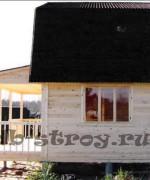 фото деревянного дома сбоку