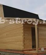 дом построен под усадку, добавлено крыльцо